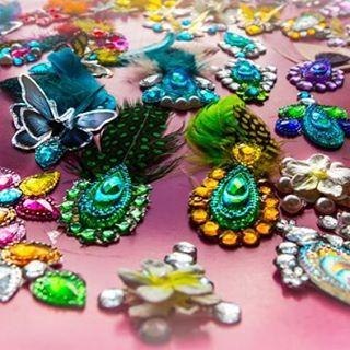 gems jewels pretty festival flower flowers ladies art artist sarasparlourfacepaintinghellip