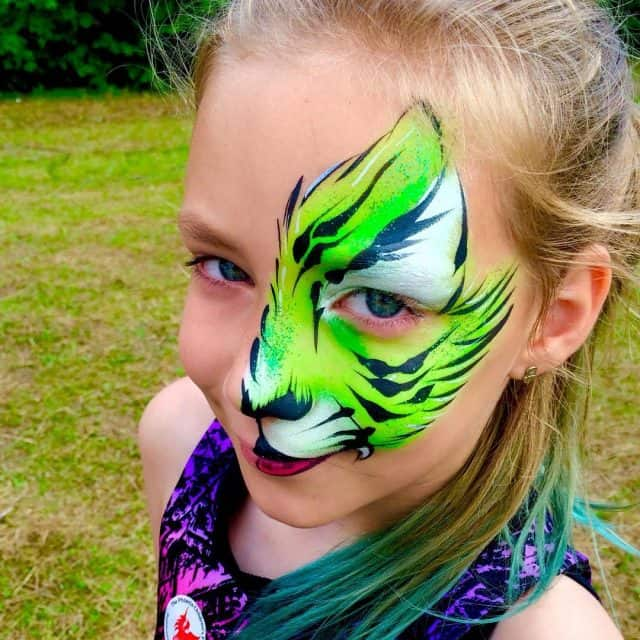 Green tiger face paint Yellow Tiger Face Paint tiger facepainthellip